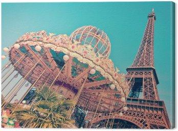 Vintage Merry-go-round i wieża Eiffla, Paryż Francja