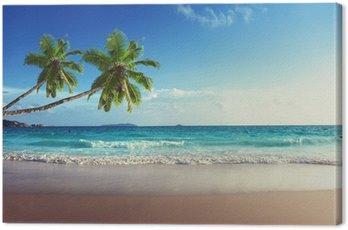 Zachód słońca na plaży Seszele