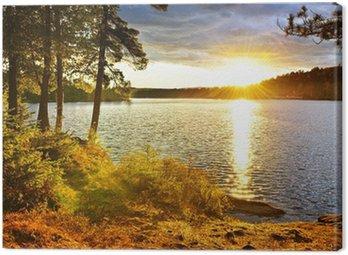 Obraz na Płótnie Zachód słońca nad jeziorem