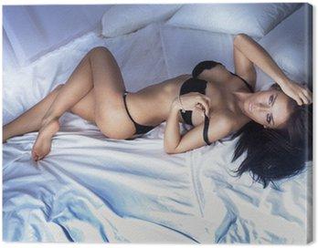 Obraz na Płótnie Zmysłowe zdjęcia atrakcyjna kobieta, patrząc na kamery.