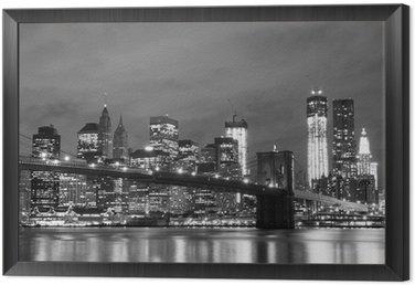 Obraz v Rámu Brooklyn Bridge a Manhattan Skyline v noci, New York City