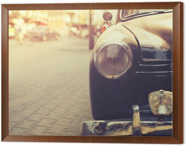Obraz v Rámu Detail světlometů klasické auto zaparkované v městském - výběrový efekt filtru stylu