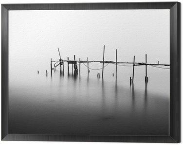 Obraz v Rámu Dlouhá expozice u zničeného mola ve středu Sea.Processed v B