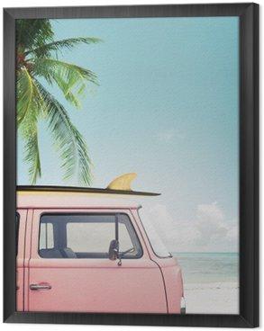 Obraz v Rámu Vintage auto zaparkované na tropické pláži (moře) s surf na střeše