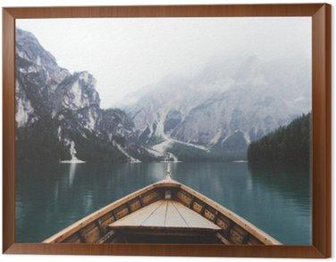Obraz v Rámu Wood člun v jezeře Braies