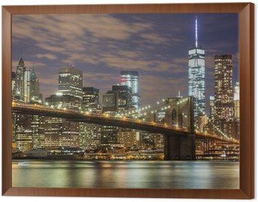 Obraz w Ramie Brooklyn Bridge i wieżowce downtown w Nowym Jorku na zmierzchu