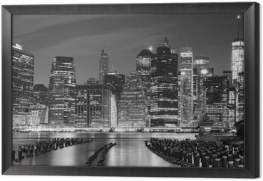 Czarno-białe zdjęcie Manhattan nabrzeża, NYC, USA.