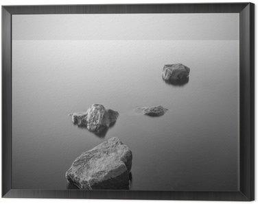 Obraz w Ramie Minimalistyczny mglisty krajobraz. Czarny i biały.