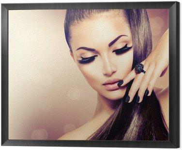 Obraz w Ramie Modelka piękna dziewczyna z długimi brązowe włosy zdrowe