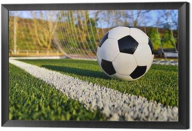 Obraz w Ramie Piłka nożna jest za linią bramkową