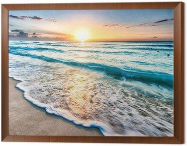 Obraz w Ramie Wschód słońca nad plaży w Cancun