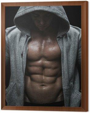 Obraz w Ramie Zamknij się z mięśni człowieka ciężarów po treningu sportowego