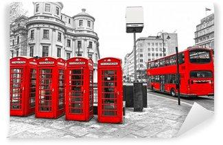 Papier Peint Vinyle Cabines téléphoniques rouges et double-decker bus, London, UK.