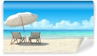 Papier Peint Vinyle Chaise longue et parasol sur la plage de sable.