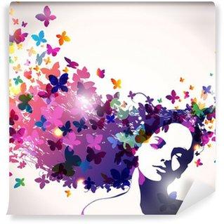 Papier Peint Vinyle Femme avec des papillons dans les cheveux.