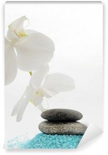 Papier Peint Vinyle Fleur d'orchidée avec minéral bleu sel de bain et de cailloux pierres