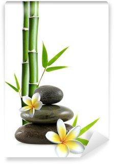 Papier Peint Vinyle Fleurs de frangipanier, galets zen et bambou