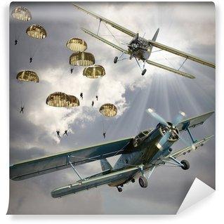 Papier Peint Vinyle Image de style rétro des biplans avec infanterie aéroportée.