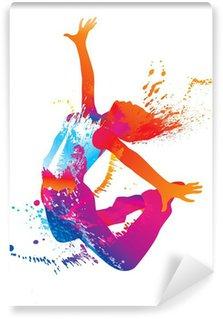 Papier Peint Vinyle La jeune fille danse avec des taches colorées et éclaboussures sur fond blanc