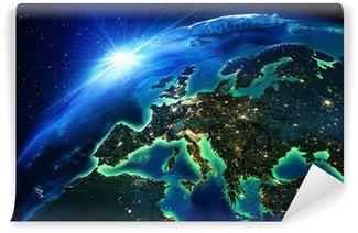 Papier Peint Vinyle La superficie des terres en Europe la nuit