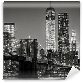 Papier Peint Lavable New York, par nuit. Pont de Brooklyn, Lower Manhattan - un Noir