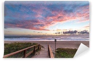 Papier Peint Lavable Paysage de plage épique avec lever du soleil