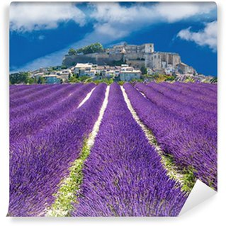 Papier Peint Vinyle Lavande en Provence, village provençal en France