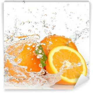 Papier Peint Vinyle Orange fruits avec de l'eau éclaboussant