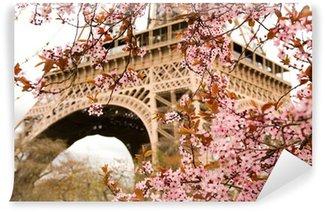Papier Peint Vinyle Printemps à Paris. Bloomy cerisier et de la Tour Eiffel