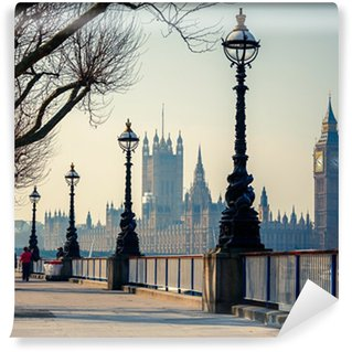 Papier Peint Vinyle Promenade à Londres avec vue sur Big Ben et les Chambres du Parlement
