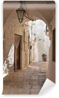 Papier Peint Vinyle Ruelle. Cisternino. Puglia. Italie.