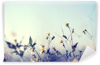 Pixerstick Fototapet Vintage bild av naturen bakgrund med vilda blommor och växter