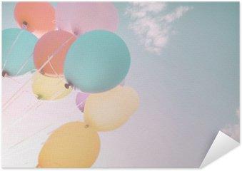 Plakát Barevné balónky v letních prázdnin. Pastel barevný filtr
