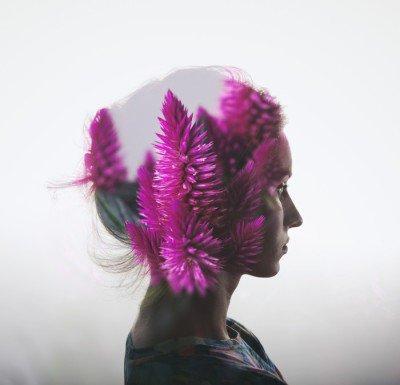 Plakát Creative dvojitá expozice s portrétem mladé dívky a květiny