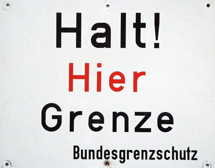 Plakát Stůj! hier Grenze - Struktury