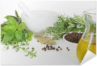 Plakát Třecí misky a paličky s čerstvými bylinkami a kořením.
