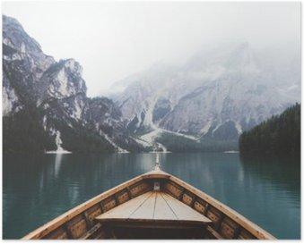 Plakát Wood člun v jezeře Braies