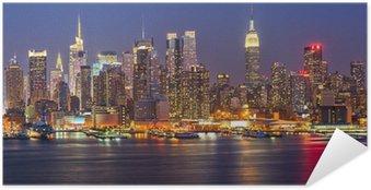 Póster Autoadhesivo Manhattan por la noche