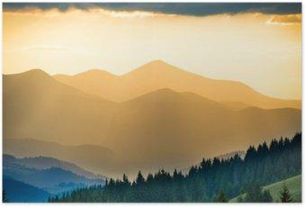 Poster Beau coucher de soleil dans les montagnes