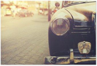 Poster Detail van koplamp lamp klassieke auto geparkeerd in stedelijke - vintage filter effect stijl