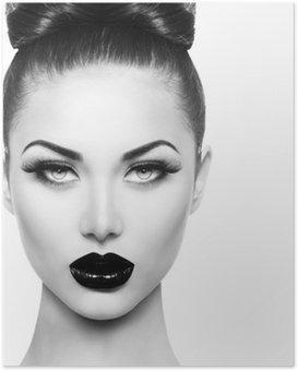 Poster Hög mode skönhet modell flicka med svart smink och långa lushes