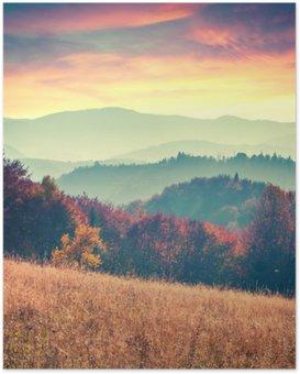 Poster Kleurrijke herfst zonsopgang in de Karpaten