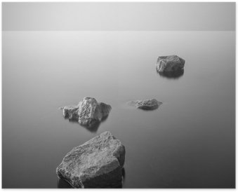 Póster Paisaje brumoso minimalista. En blanco y negro.