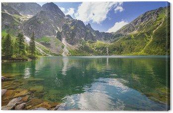 Quadro su Tela Uno splendido scenario delle montagne di Tatra e il lago in Polonia