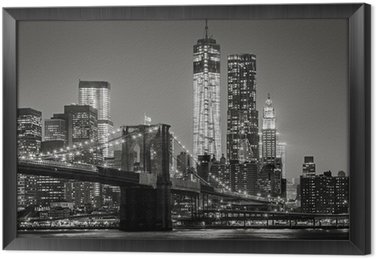 Quadro com Moldura New York by night. Brooklyn Bridge, Lower Manhattan – Black an