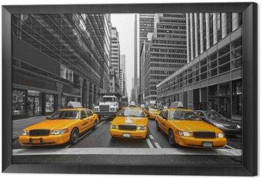 Quadro com Moldura TYellow taxis in New York City, USA.