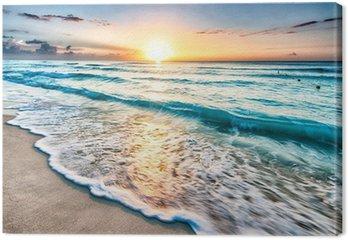 Quadro em Tela Sunrise over beach in Cancun