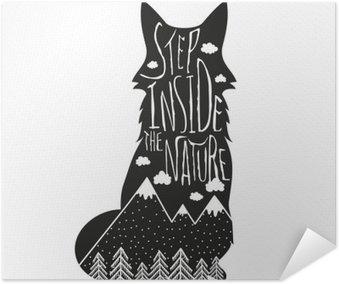 Samolepicí Plakát Vector ručně kreslenou nápis ilustrace. Dovnitř přírodě. Typografie plakát s liščí, hory, borovice lesní a mraky.