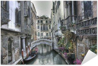Självhäftande Poster Gondola, byggnader och bro, Venedig, Italien