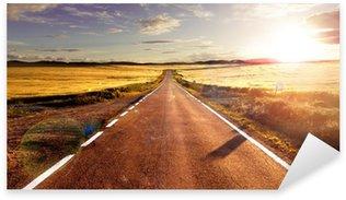 Aventuras y viajes por carretera.Carretera y campos Sticker - Pixerstick